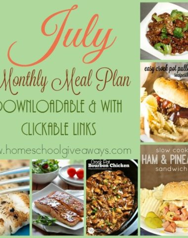 Looking for a quick and easy way to have dinner ready every night without much planning? Grab out July 2016 Monthly Meal Plan calendar. it is downloadable and has clickable links too! :: www.homeschoolgiveaways.com