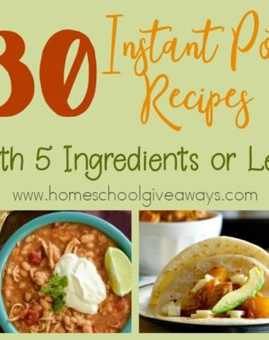 What if you only have a few ingredients for dinner? Check out these Instant Pot Recipes that require 5 ingredients or less! :: www.homeschoolgiveaways.com
