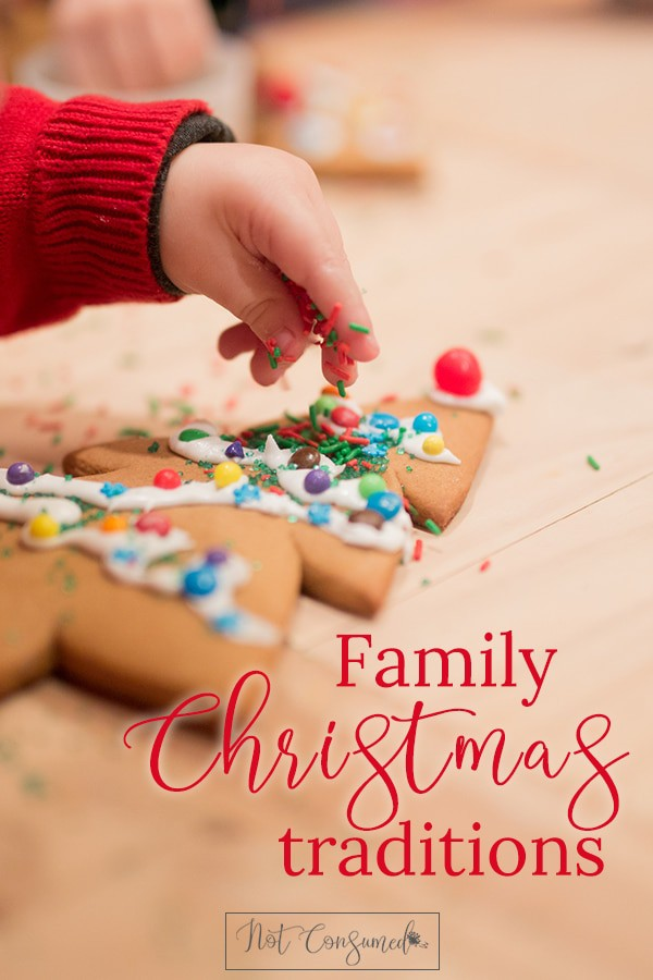 Family-Christmas-Traditions-PIN