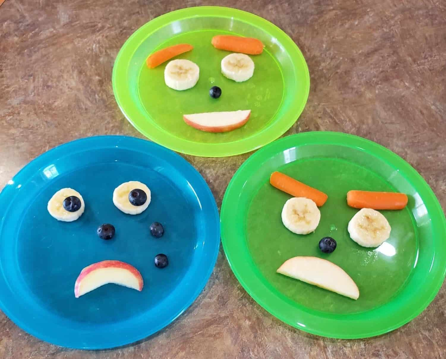 Make these emotional snacks with your preschooler and talk about their feelings. #funwithfood #preschoolsnack